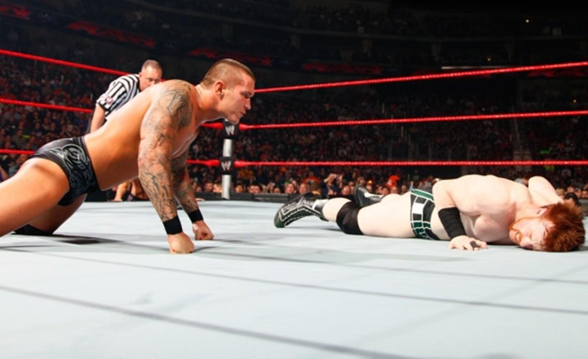 Sheamus vs. Randy Orton