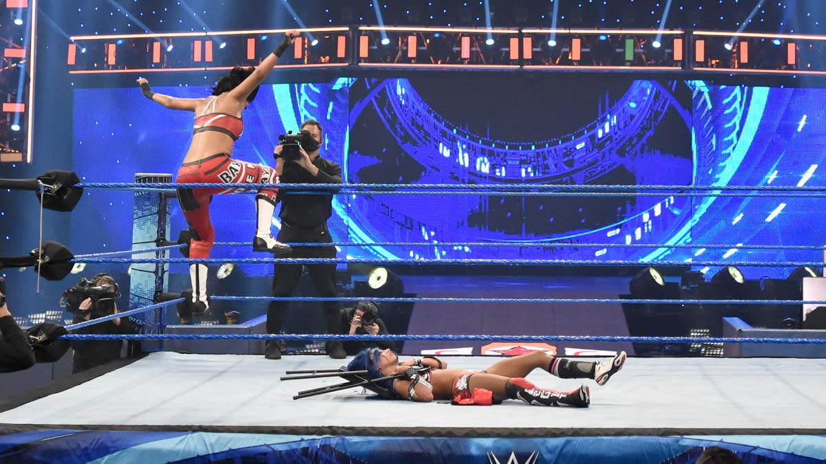 WWE SmackDown video highlights: Bayley attacks Sasha Banks
